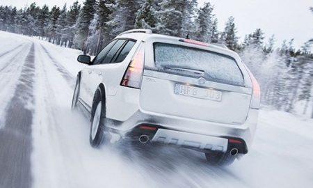 بهترین روش برای گرم کردن خودرو در هوای سرد چیست؟ چگونه ماشین را گرم کنیم؟