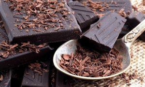 خواص بی نظیر شکلات تلخ ، زمان خوردن شکلات تلخ و خواص فوق العاده آن
