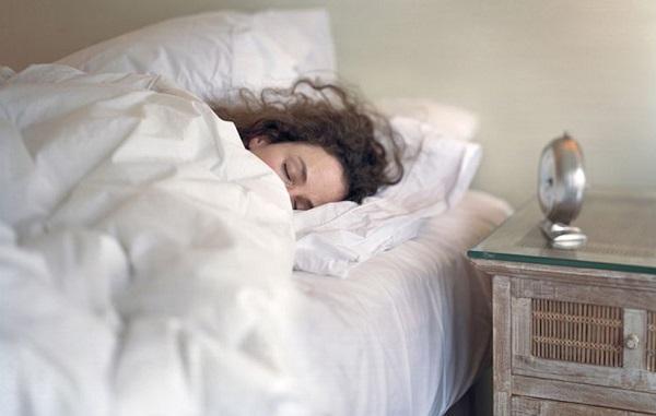 چه میزان خواب برای بدن کافی است؟
